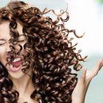 Cómo crear rizos en el cabello