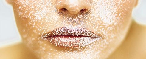 La depuración de la persona por el aceite cosmético
