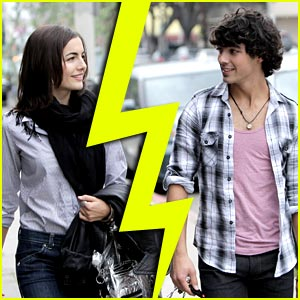 camilla-belle-joe-jonas-split