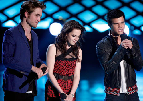 rob-kristen-taylor-mtv-movie-awards