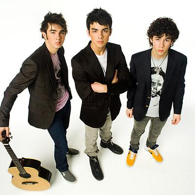 a45jonas-brothers