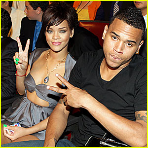chris-brown-rihanna-2009-02-08-300x300