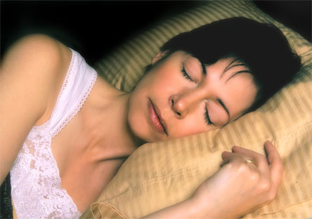 postura-de-lado-dormir