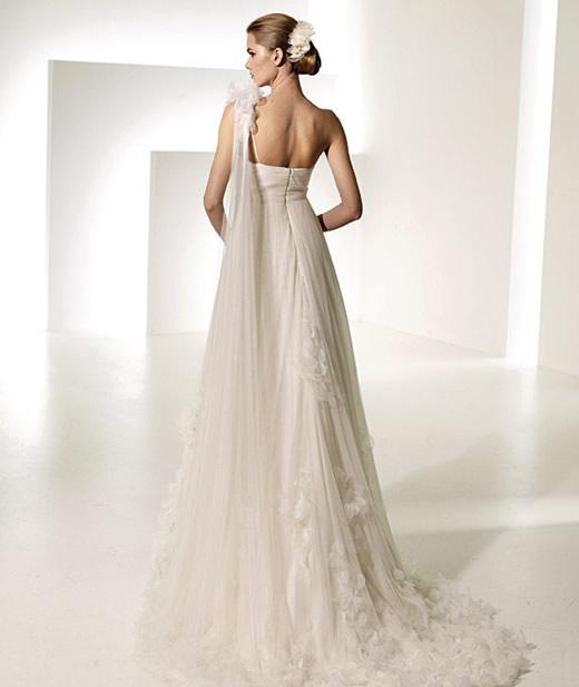 manuel-mota-vestidos-boda-2010-4