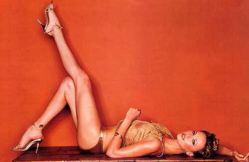 fotos de mujeres con piernas bonitas: