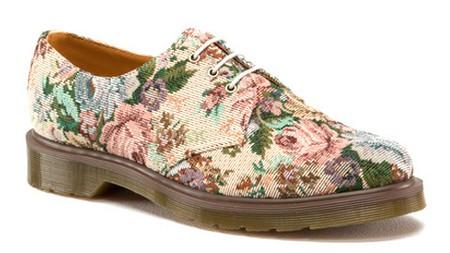 zapatos-dr-martens-floreados-2