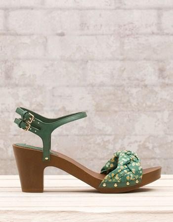 zapatos-stradivarius