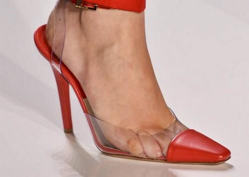 sandalias-transparentes-rojas